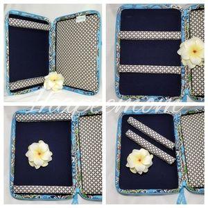 Vera Bradley Bags - Vera Bradley Tablet Case Quilted Hard Shell Travel